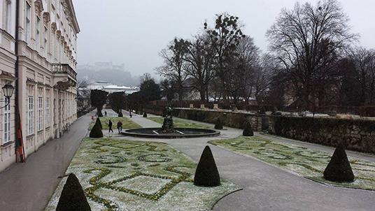 Palácio Mirabell, lindo mesmo no inverno