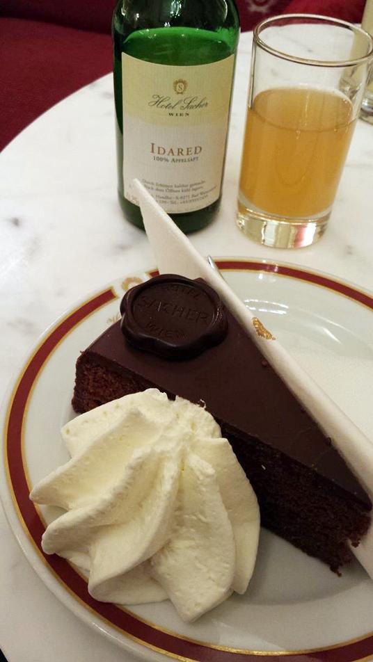 No Hotel Sacher, a Torta Sacher